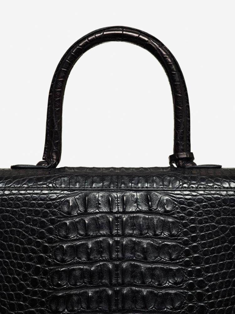 Brillant MM, Alligator Horn Back & Alligator mat : Noir