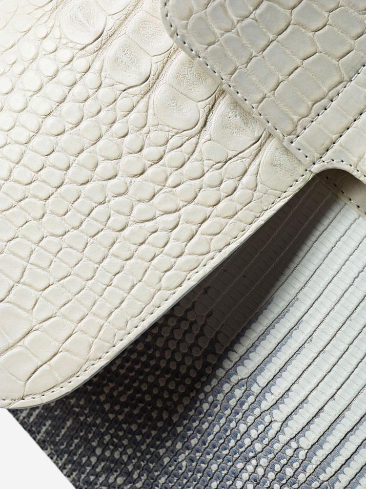 Brillant Black Edition, Alligator Horn Back, Galapagos & Alligator mat : Ivory