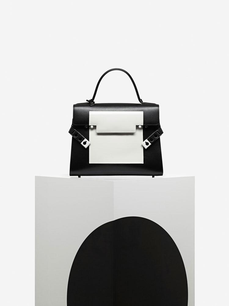 Tempête GM, Smoking : Noir & Blanc